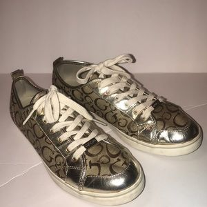 Guess Gold sneaker size 11
